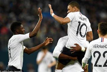 """在俄罗斯""""可怜""""的22,000英镑罚款后,国际足联在世界杯上保护黑人球员,工作人员和支持者免受种族主义的能力受到质疑"""